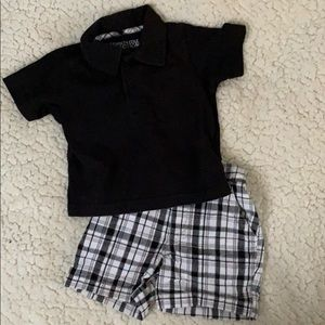 Short set with polo style top